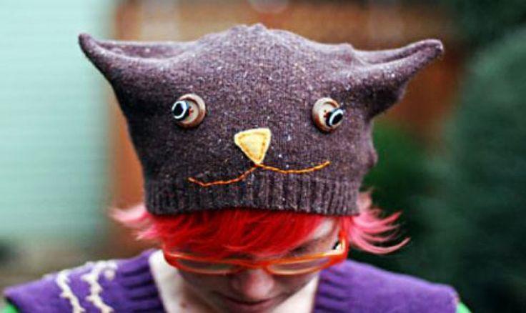 Riciclare un vecchio maglione di lana in un originale cappello