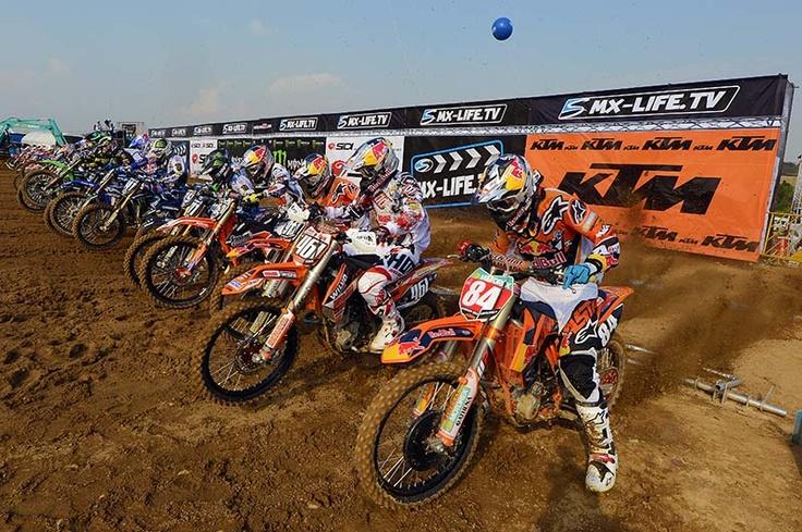 MXGP Thailand 2013 - MX2 start