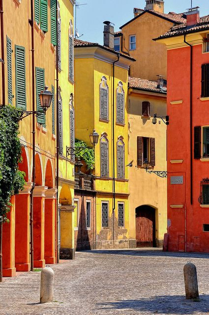 Modena, Italy. #photography I'm filing under #abstraction, but could also play well with others on the #color pinboard too...