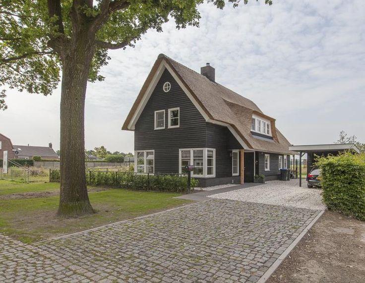25 beste idee n over houten luiken op pinterest for Hanneke koop interieur