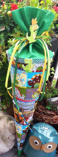Schultüten - Dinosaurier - Dinospass  - Schultüte/ Zuckertüte - ein Designerstück von XBergDesign2 bei DaWanda