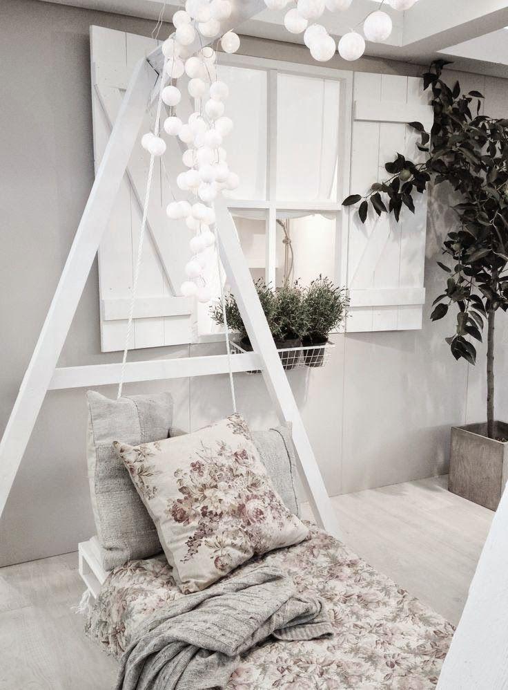 LIGHTING | Il terrazzo all'imbrunire: ecco come creare un atmosfera romantica con una catena di lampade