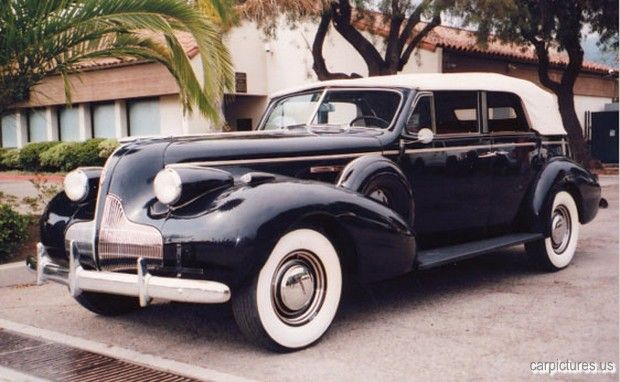 Buick Roadmaster Six-Passenger Convertible Sedan (1939)