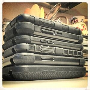 The Quest For The Best Nexus 4 Case: 6 Cases Tested And Compared