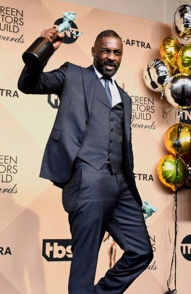 (Bond!!!!!) Idris Elba at the 2016 SAG Awards