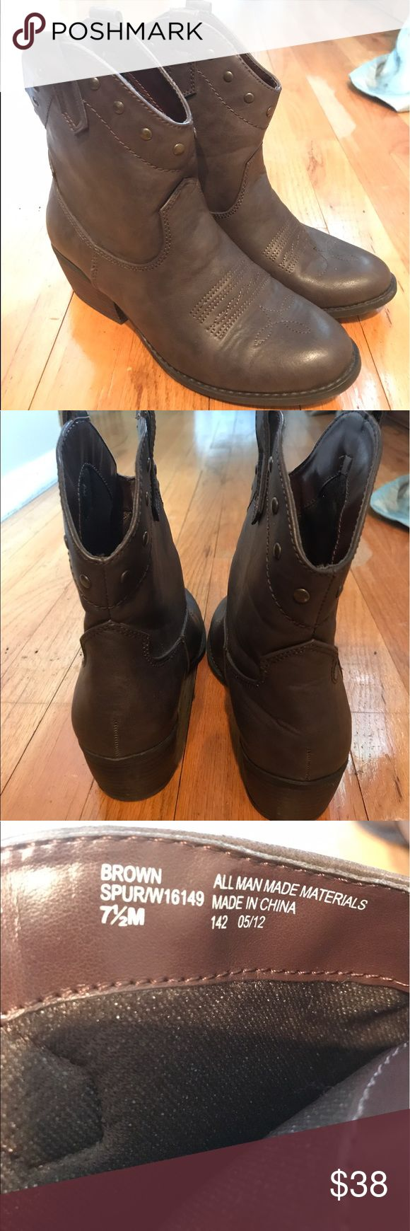NWOB White Mountain Brown Boots Size 7.5 Brand new never been worn White Mountain Brown Boots Size 7.5 white mountain Shoes Ankle Boots & Booties