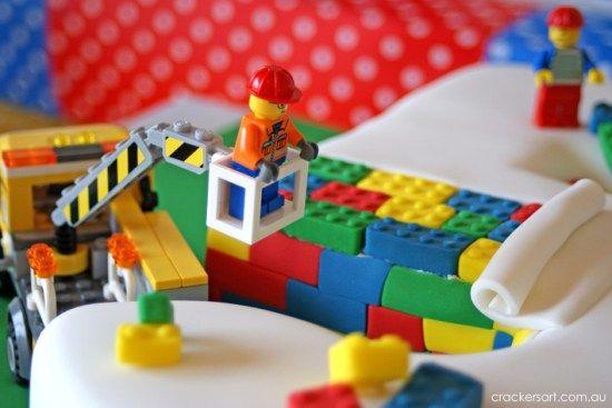 Crackers LEGO Birthday Party cake ideas #babyshowerideas4u #birthdayparty #babyshowerdecorations #bridalshower #bridalshowerideas #babyshowergames #bridalshowergame #bridalshowerfavors #bridalshowercakes #babyshowerfavors #babyshowercakes