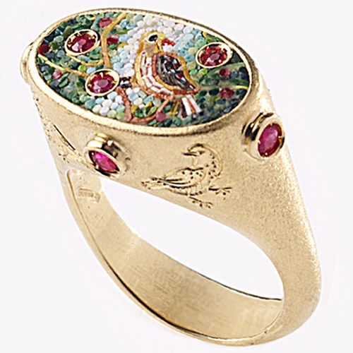 Ring in yellow gold with micromosaic and rubies by Le Sibille