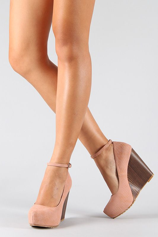 Nude Pink Wooden Wedge.