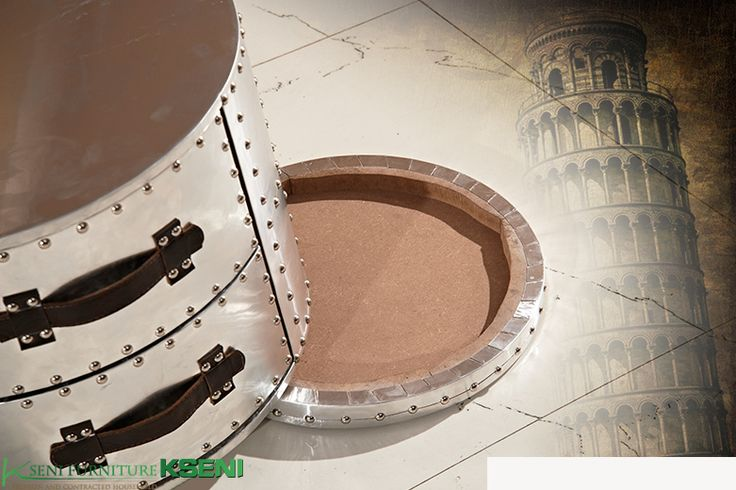 Съемная нижняя крышка у стола круглой формы в стиле лофт стилизованного гвоздями, купить в интернет-каталоге мебели https://lafred.ru/catalog/catalog/detail/40864302938/