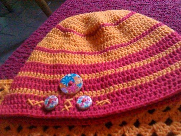 Zdenky háčkování a pletení: háčkovaný set čepička a šátek