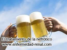 Durante la ingesta de cerveza pueden ser muy perjudiciales para los pacientes. puede empeorar sus síntomas, agravar las condiciones de enfermedad y causa la pérdida de más funciones renales