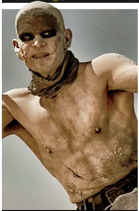 PHOTOS - Nouvelles images choc de Tom Hardy et Charlize Theron dans Mad Max Fury…                                                                                                                                                                                 Plus