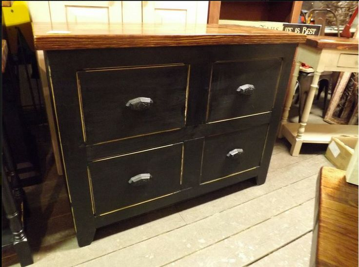 Attractive Genuine Amish Chest Of Drawers