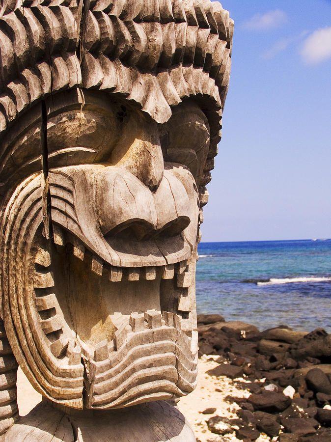 ✮ Hawaii, Big Island, Puuhonua O Honaunau, City of Refuge, Close-up of Kii