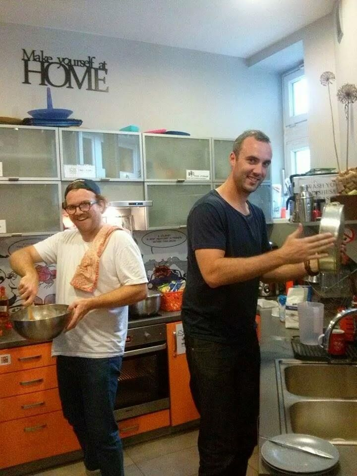 Our guests baking banana bread :) Yummy!