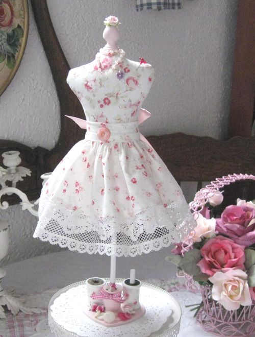 Dress Form Pin Cushion ~ The Ruffled Rose