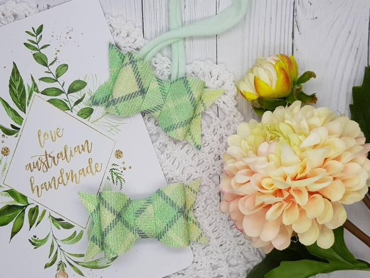 Cute Bow - Fine Glitter - Plaid Mint – 3 Girls Boutique