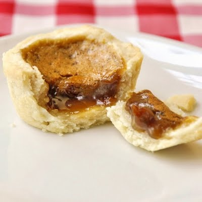 Butter tarts... oh yes!