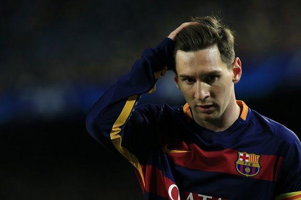 Pedro Beri Dukungan kepada Messi