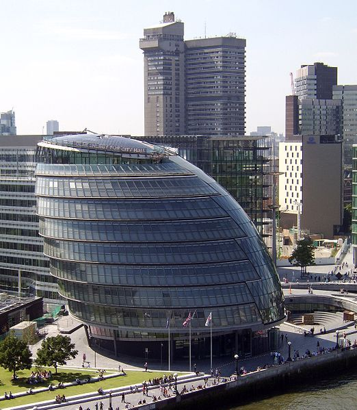Norman Foster : London City Hall (2002) The headquarters of the Greater London Authority (GLA) located in Southwark, on the south bank of the River Thames near Tower Bridge