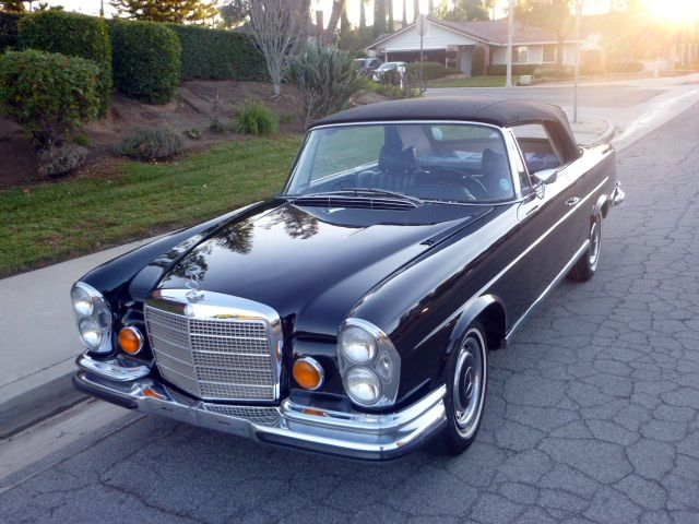 1971 Mercedes Convertible  I always wanted one of these!