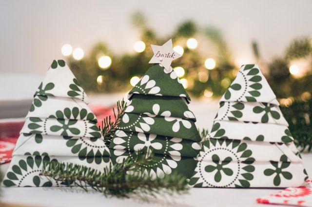 Jak udekorować świąteczny stół?