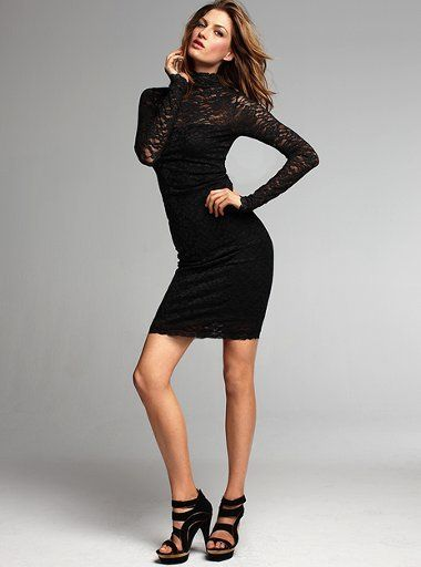 Open-back-lace-dress
