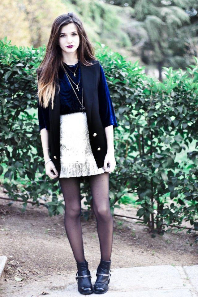 CoMonroe - falda Sugarlips Apparel - Falda Sugarlips Apparel - Botines H&m - Chaleco Zara - Camiseta Zara
