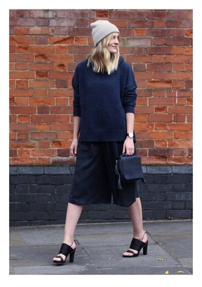 The blooger, Marie Hindkær, from Blamefashion looks gorgeous in Day Laze culottes! The perfect way to wear our blueberry coloured culottes is with a Day Worth turtleneck.