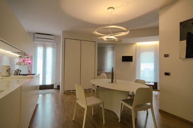 Risultati immagini per cucina soggiorno open space 20 mq