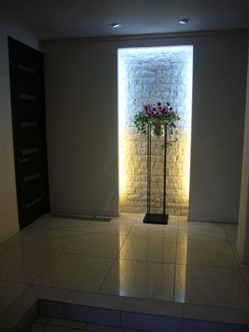 玄関 インテリア 壁面照明 - Google 検索