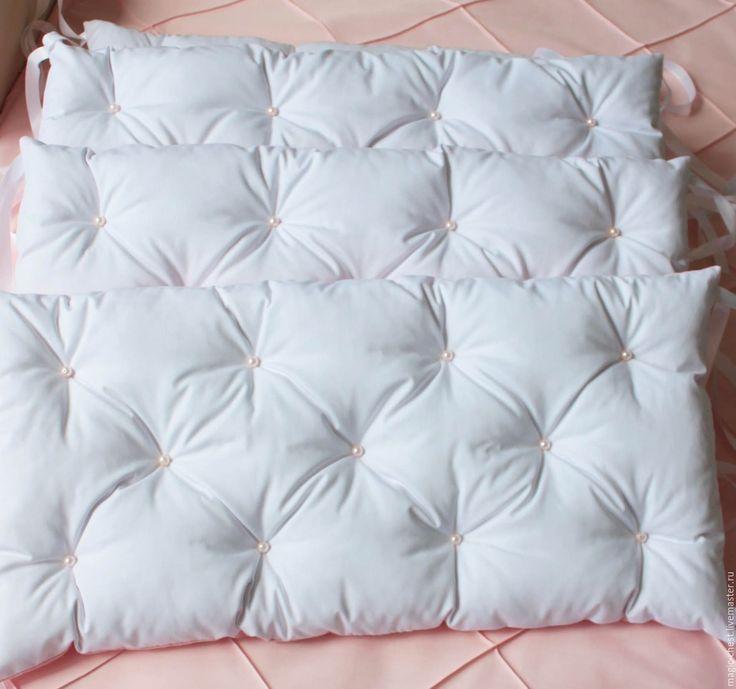 Купить Комплект в кроватку: бортики и одеяло - комбинированный, розовый, персиковый, белый, перламутр, бусины, девочке