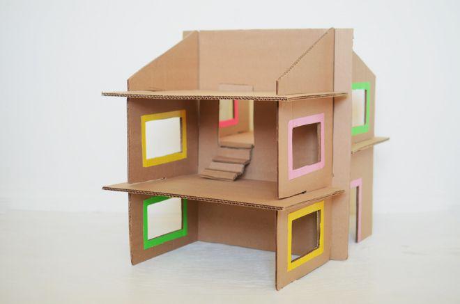 Maison de poupées en carton - diy: recycled cardboard dollhouse