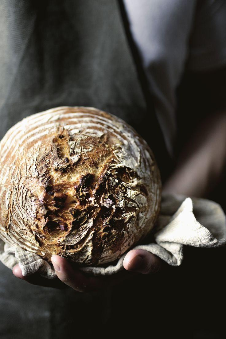 Tuscany's Pork Fat Bits Country Bread