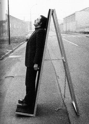Ugo La Pietra, Sistema disequilibrante, Il commutatore, 1967-70