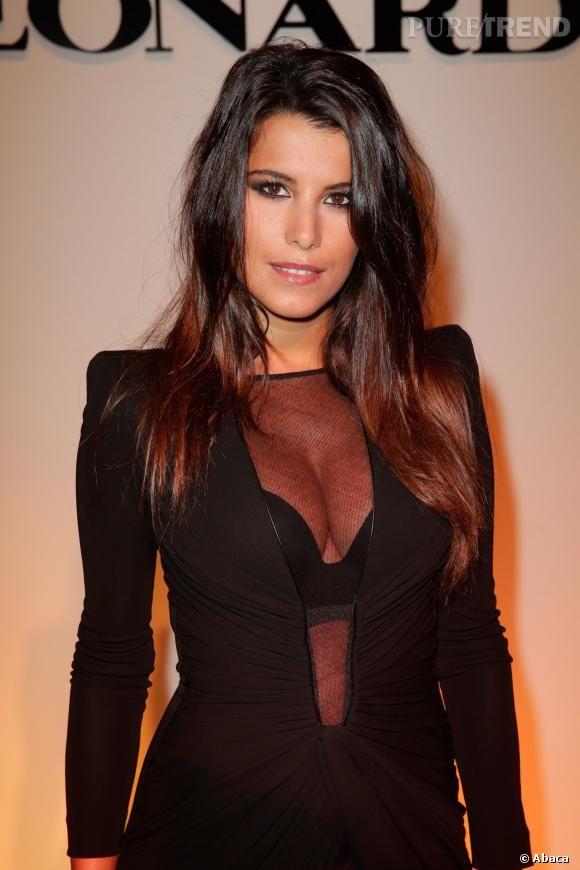 PHOTOS - Après Nabilla et Kim Kardashian, c'est au tour de Karine Ferri de faire…