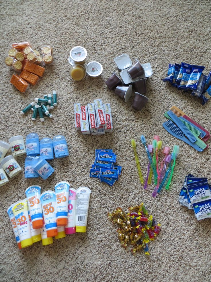 Blessing bags for the homeless | Blair Blogs You could use bar soap, shampoo, conditioner, lotion, etc from hotels!