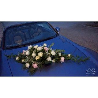 Νυφική Ανθοδέσμη αυτοκινήτου με λευκά και ροζ τριαντάφυλλα