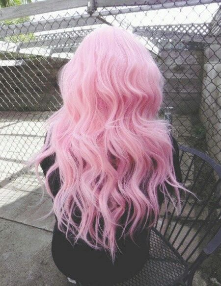 Such a pretty pink. And if it was Just a little bit lighter. It would be the ideal pink for my hair.:
