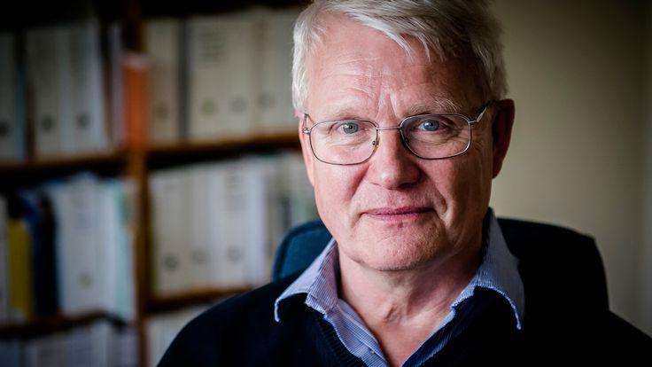 Vi måste sluta sjukdomsstämpla och medicinera barn bara för att de upplevs som störande i skolan. Istället måste vi fråga dem varför de beter sig som de gör. Det menar Tomas Ljungberg, läkare i Nyköping och en av de kritiska rösterna mot den skenande medicineringen av barn med adhd-diagnos.