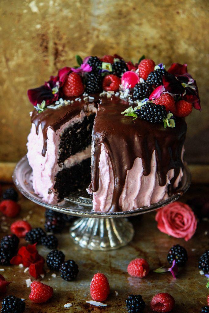 Gâteau au chocolat, noix de coco et framboise (vegan et sans gluten)