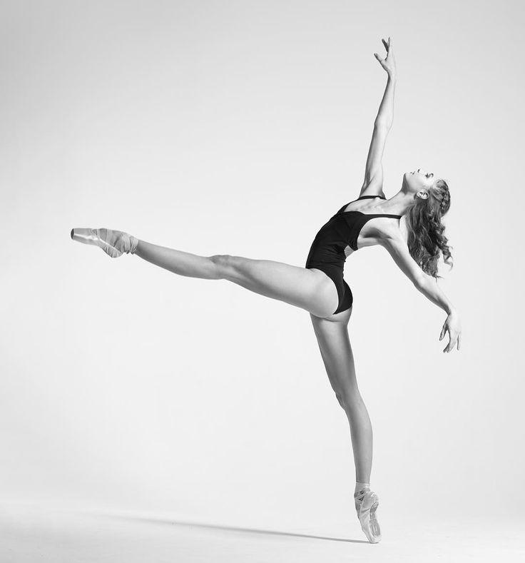 Alena Kovaleva Алена Ковалева, Bolshoi Ballet. Photographer Niv Novak