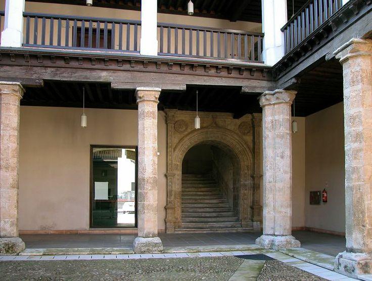 Archivo hist rico provincial de valladolid patio del for Viveros valladolid