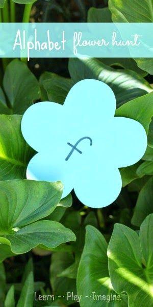 Go on a flower alphabet hunt to make learning fun!  Spring activity for preschool. Se puede hacer con mayusculas de un color y minusculas de otro y emparejarlas al encontrarlas