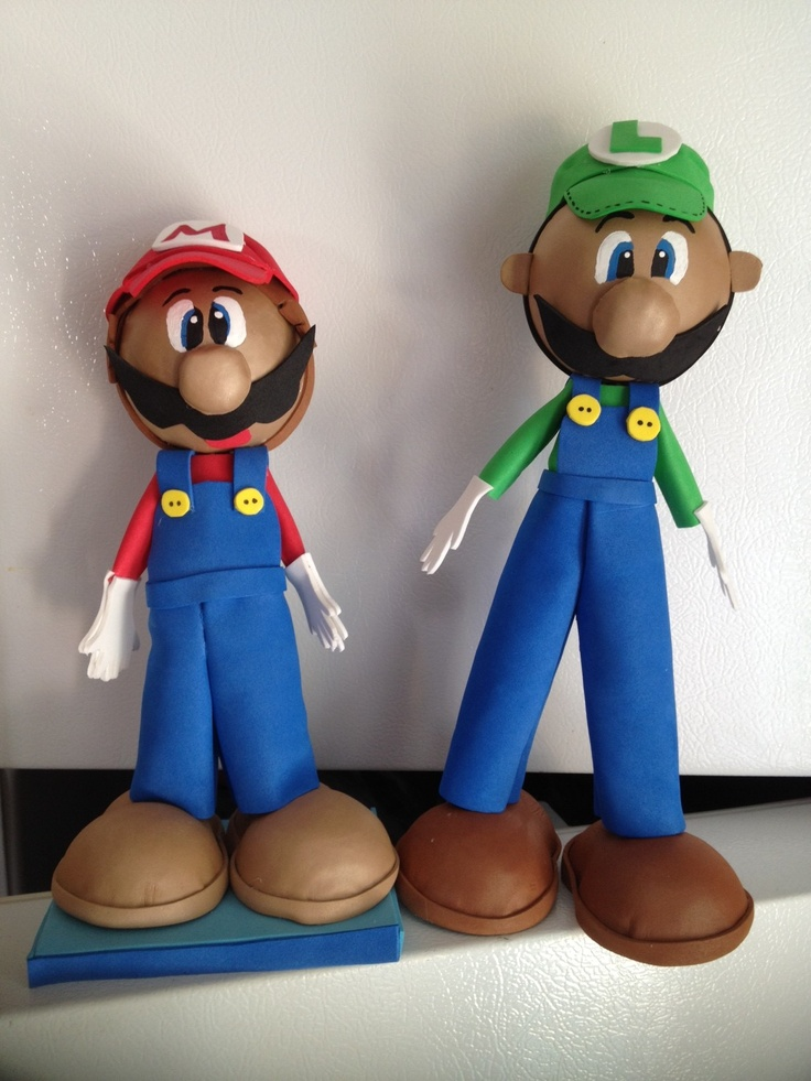 Now who wouldn't recognize these? =)  Mario n Luigi handmade dolls Fofucha style. Great For your kids party! $18.00 each