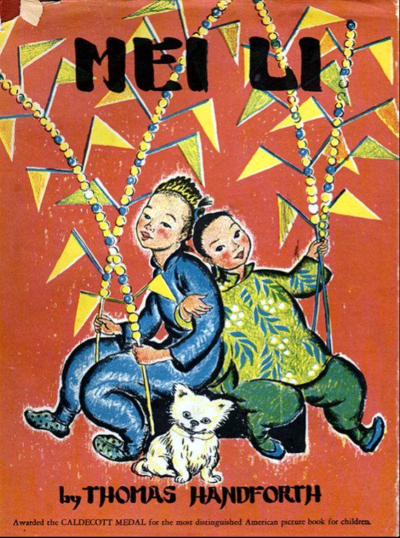 Marele premiu Caldecott din anul 1939 scris de Thomas Handforth. Cartea prezintă povestea lui Mei Li, ce după ce a petrecut o zi plină de evenimente la târgul ce a avut loc în ajunul Anului Nou, aceasta ajunge acasă tocmai la timp pentru a-l întampina pe Kitchen God (cunoscut și ca Zao Jun), protectorul inimii și al familiei din cultura chinezească.