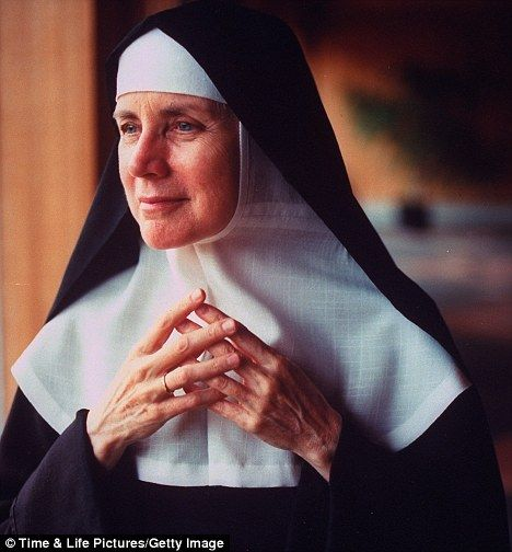 """Mother Dolores Hart ..former Hollywood actor..she was in the classic film.""""Where The Boys Are."""" She left Hollywood at 24 to become a cloistered Benedictine nun."""