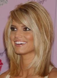 Teased hair    Jessica Simpson
