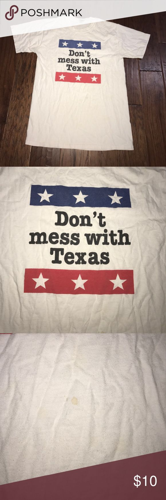 DON'T MESS WITH TEXAS TEE M in vintage condition some stains see photo. Great for a DIY cut up tee Tops Tees - Short Sleeve